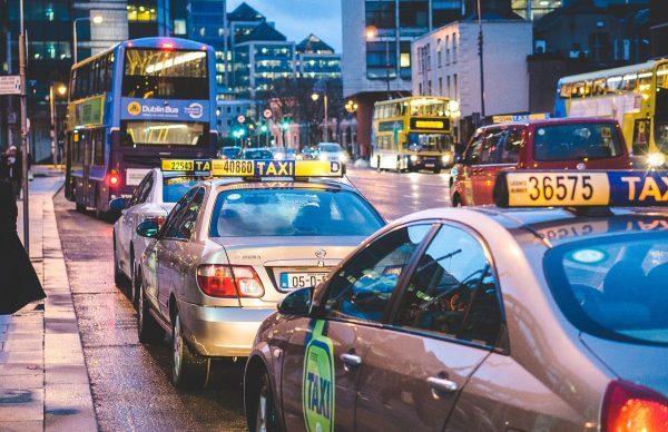 年末年始2018-2019高速・ICの渋滞ピーク予測(東名・関越・東北)と混雑回避まとめ