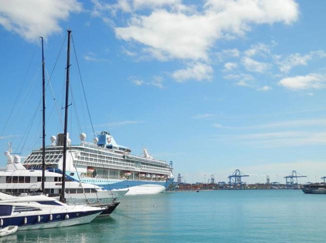 ラスパルマス港・スペインカナリア諸島はどんなとこでいくらで行ける?